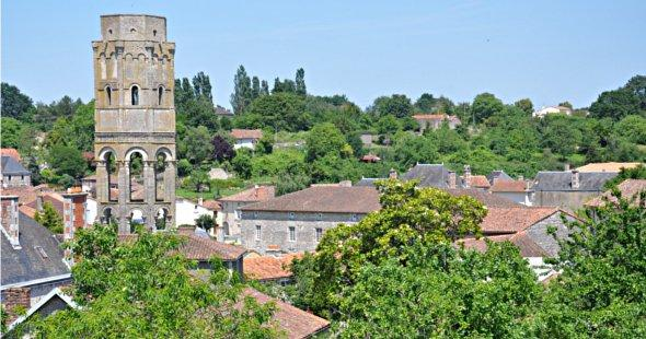 Charroux-Literary-Festival-photo