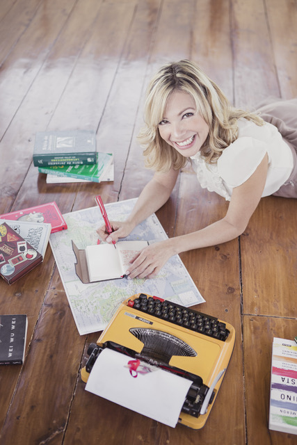 online writing coach Your online writing coach saturday, september 24, 2011 eight lousy sentences: a new way to finish your book do you have a great book in you that has been unfinished.